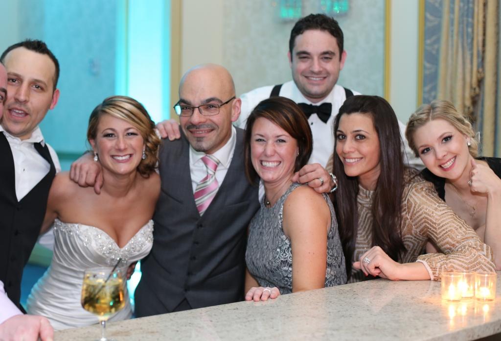 4 Brides and Tony Tee Neto