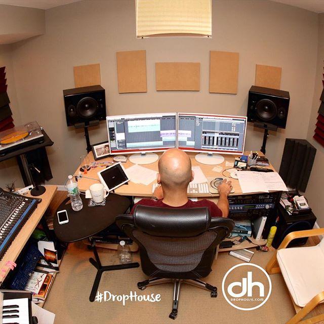 Drophouse.com Production & Voiceover - Tony Tee Neto